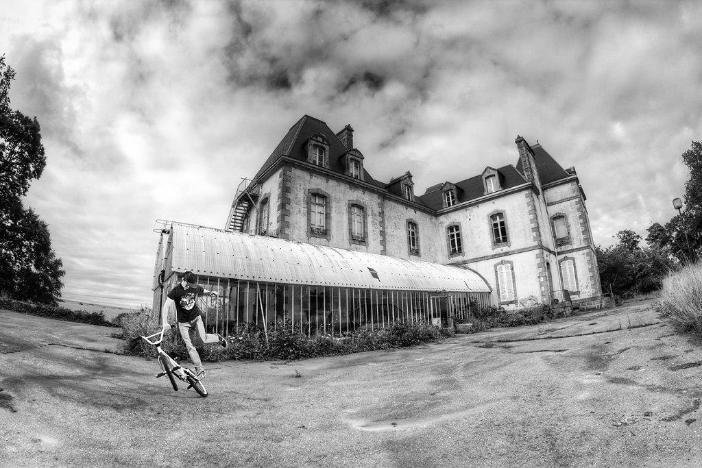 Anthony-Favennec-Action-France-52d31934af6a5.jpg